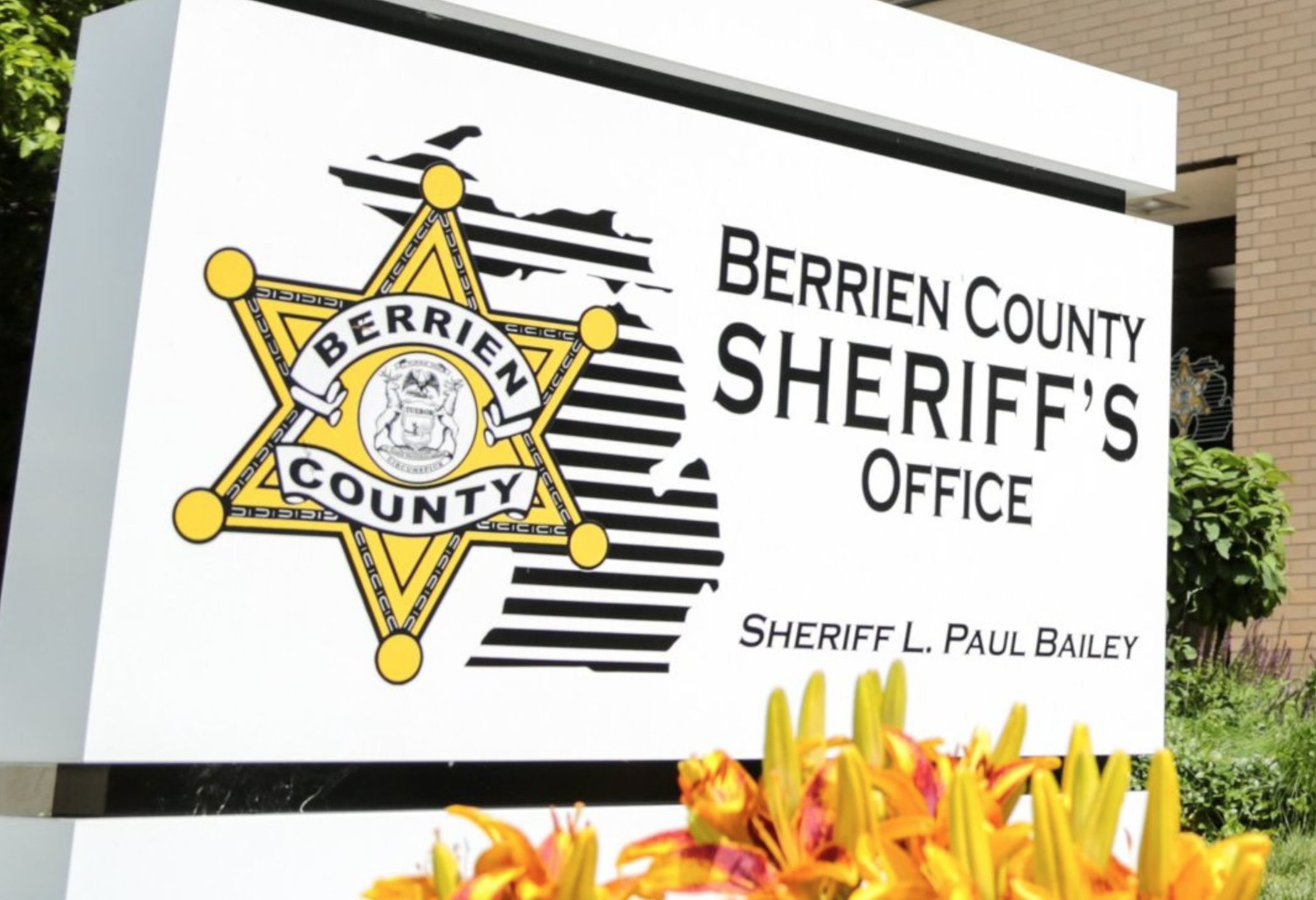 Sign depicting Sheriff's office location.